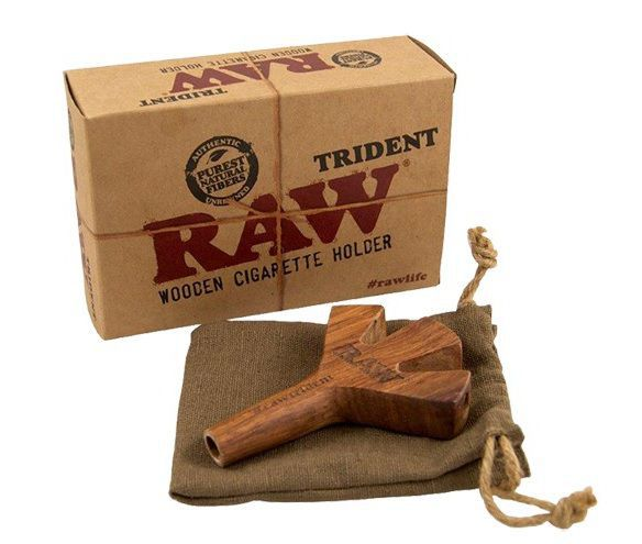 RAW TRIDENT HOLDER WOODEN